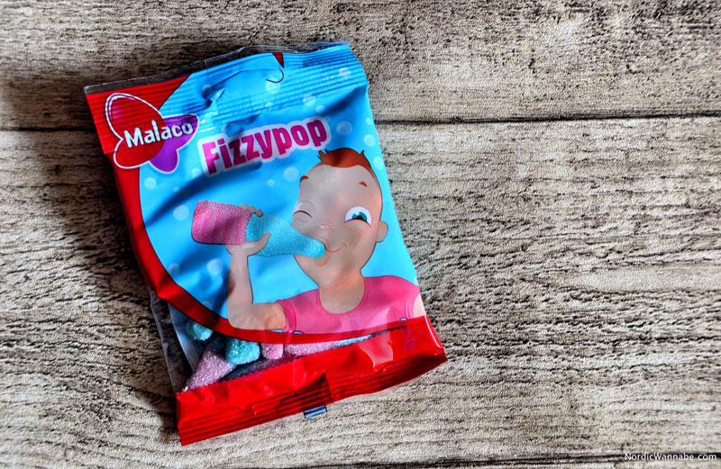 Fizzypop von Malaco. Schaumzucker, Weingummi aus Schweden