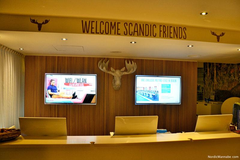 scandic hotel in berlin einschlafen und in skandinavien aufwachen. Black Bedroom Furniture Sets. Home Design Ideas