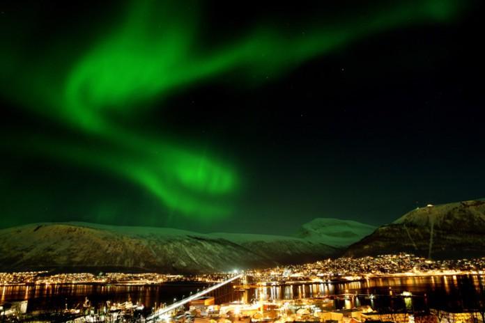 Polarlichter, Nordlichter, Nordnorwegen, Norwegen, Tromsø, Direktflug, Direktflüge, Reise, Urlaub, Winter