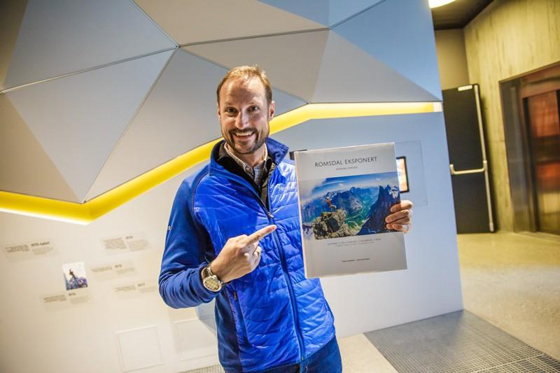 Norwegische Gipfelzentrum, Åndalsnes, Norwegen, Fjordnorwegen, Berge, Urlaub, Reise, Kreuzfahrt, Blog, Skandinavien, Haakon, Gebirge, Kronprinz