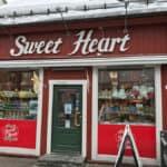 Süßigkeiten, Tromso, Tromsø, Norwegen, Nordnorwegen, Nordlichtsafari, Polarlichter, Nordlichter, Wo kann man, Skandinavien, Blog, Skandiblog, Eismeer-Kathedrale, Huskies, Rentiere