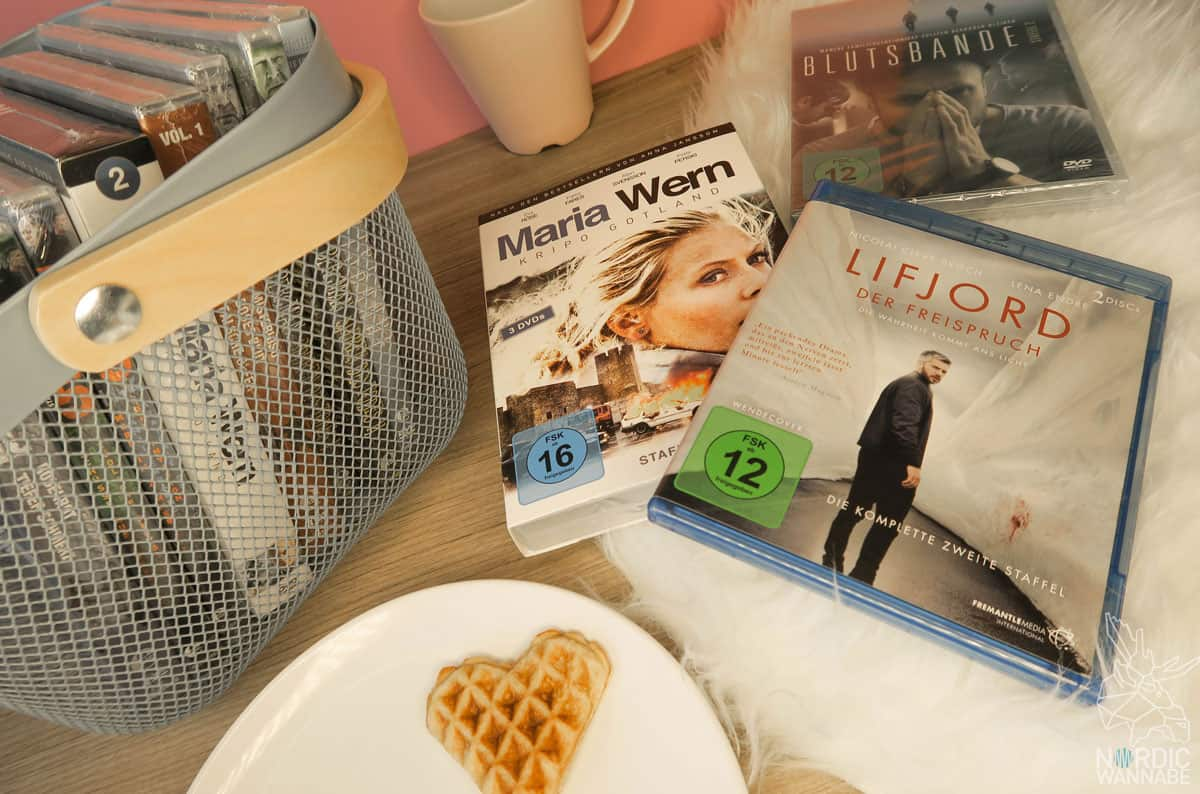 kerzen decken playlist serien waffeln hygge was ist hygge hyggelig valentinstag diy. Black Bedroom Furniture Sets. Home Design Ideas