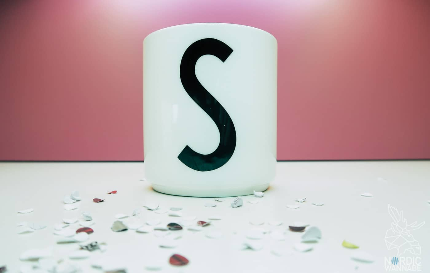 Design Letters, Arne Jacobsen, dänisches Geschirr, Becher, Tassen, Klassiker, dänisches Design