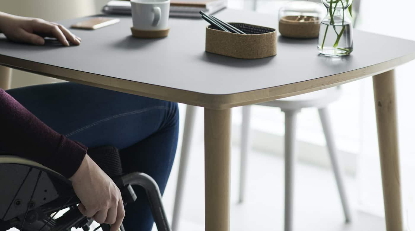 Ergonomische Möbel im Skandi Stil, IKEA, OMTÄNKSAM