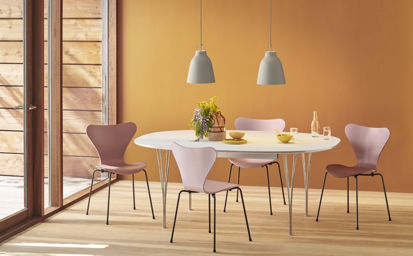 Arne Jacobsen Stuhl, neue Farbe, Ant, Series 7, Grand Prix, Arne Jacobsen, Dänisches Design, Klassiker